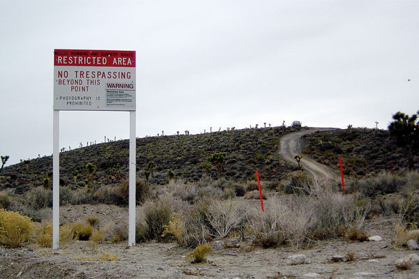 Boundary of Area 51. (Credit: Finlay McWalter/Wikimedia Commons)